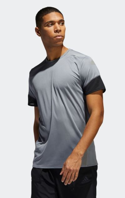 Addidas  Tシャツ