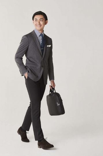 ORICHICA 機能性スーツ